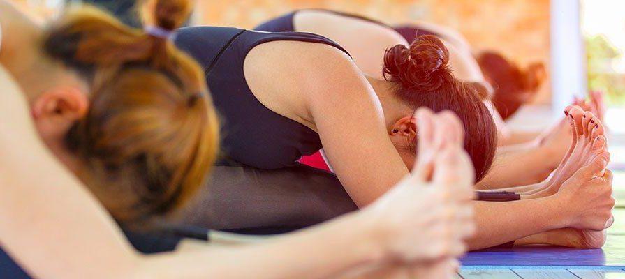 йога занятие